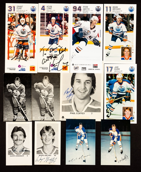 Edmonton Oilers 1979-80 to 2004-05 Postcard and Team Card Collection of 690+ including 34 Signed