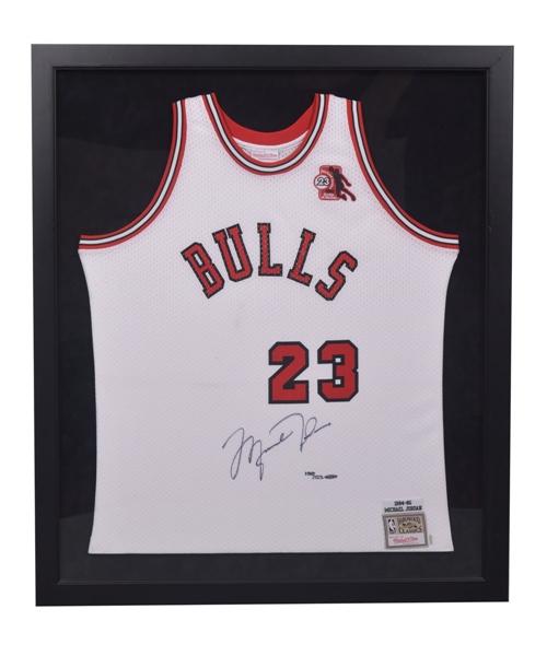 cheaper 0bd3d 12df7 Lot Detail - Michael Jordan 1984-85 Chicago Bulls Signed ROY ...