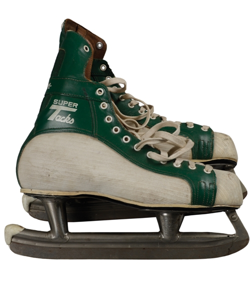 California Golden Seals Circa 1972-73 Green and White CCM Super Tacks Game-Used Skates from Don Simmons Personal Collection with Family LOA